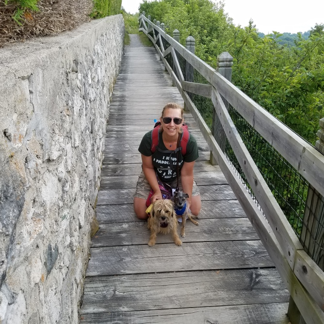 Jet-Tricia wood plank trail